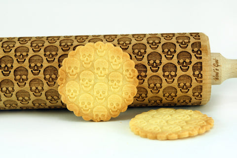 skulls rolling pin, halloween rolling pin, halloween cookies, halloween party, best halloween gifts for baking lovers, skulls pattern cookies