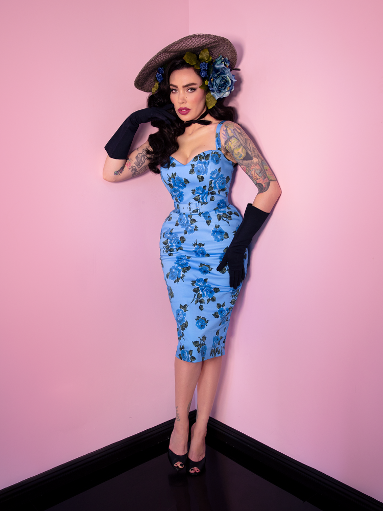 Sweetheart Wiggle Dress in Blue Vintage Roses - Vixen by Micheline Pitt