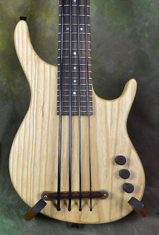 Kala Ubass 4 String KA-SB4FS-SNTWBAG Satin Natural U-Bass NAMM Demo
