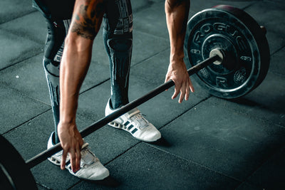 Barbells VS Dumbbells: Which is better?