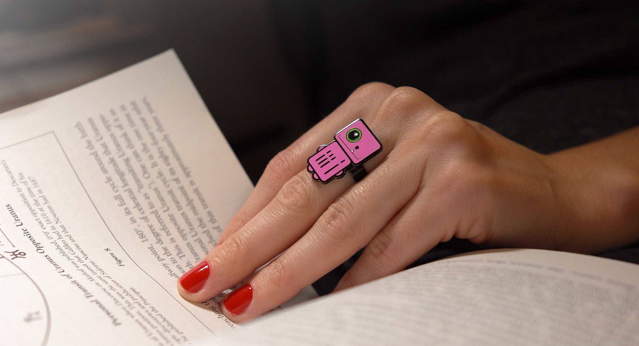 Stardust - Pink Robot Ring - Reading - ROBOTA PROJECT