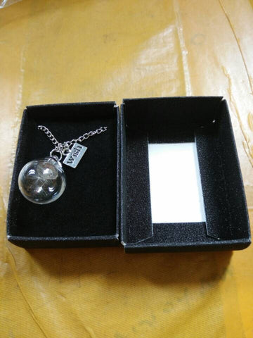 Breathtaking Dandelion Wish Necklace Pendant That Come In A Gift Box