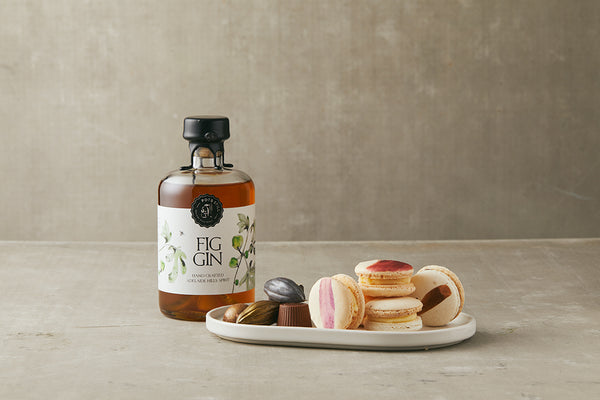 Fig Gin+ Macarons