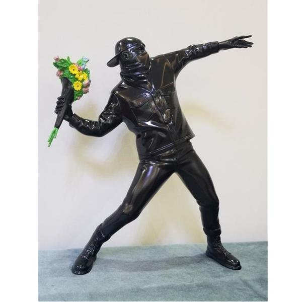 Sculpture de Banksy - Flower Bomb