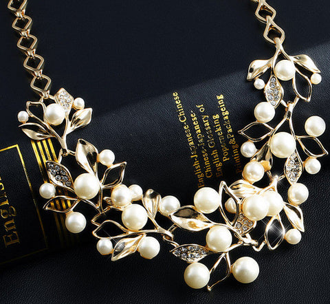 Pearl Rhinestone Flower Statement Necklace