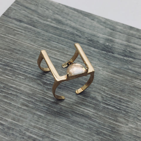 Prachi Bhise Jewelry, Rose Quartz, Square ring, Geometric ring, Minimalist ring, bar ring, ring band, Ring with stone