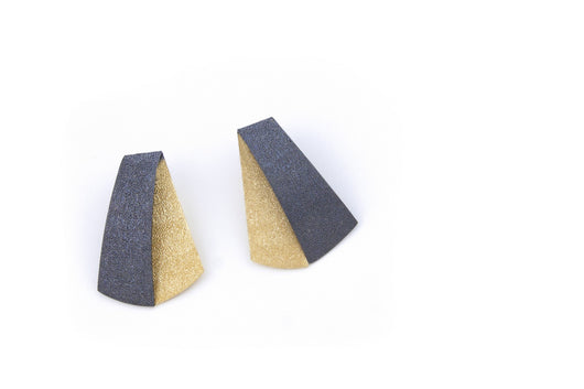Koi Shūsui earrings- gold and anthracite