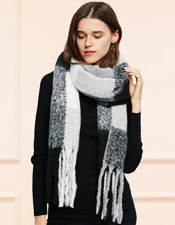 Foulard d'Hiver BKWH | Blanket Scarf Fringed BKWH - Onze Montreal