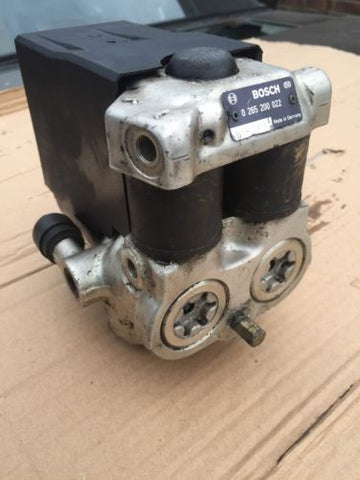 Jaguar XJ40 3.6 2.9 Anti lock Brake Modulator Pump