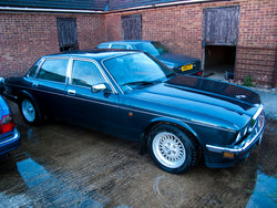 Breaking 1993 Jaguar XJ12 XJ81 6.0 V12