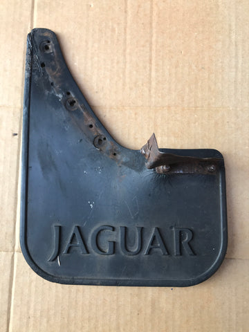 Jaguar XJ40 NSF left front mud guard flap