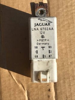 Jaguar X300 94-97 Cooling Fan Relay LNA6702AB REFURBISHED