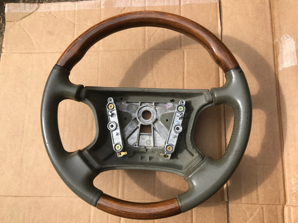 Daimler Jaguar X300 94-97 Sage Green HFA Half Wood And Leather Steering Wheel