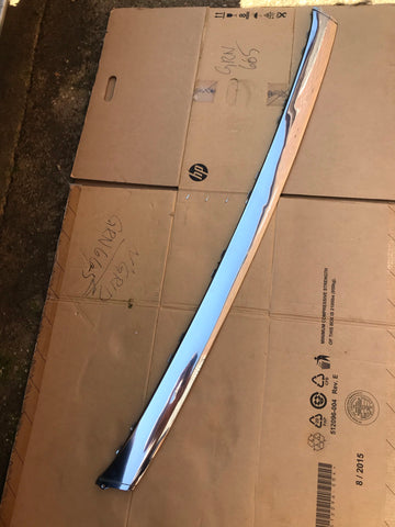 Daimler Jaguar X300 rear Centre chrome blade stainless trim piece