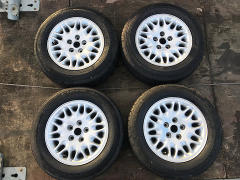 "Jaguar XJ8 X308 XJ40 X300 XJ6 16"" Alloy wheels MNF6113AA"