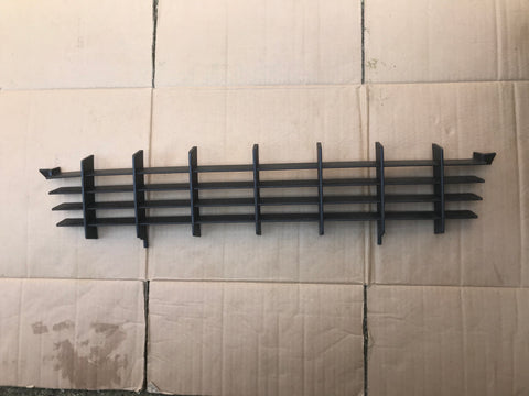 NEW NOS Jaguar XJ40 XJR 91-92 models Lower Grill for the front spoiler splitter valance SPB1231