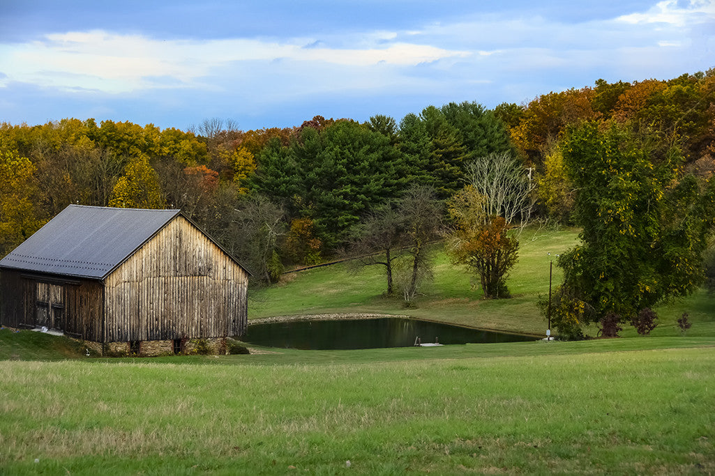A rural American scene often known as country living.