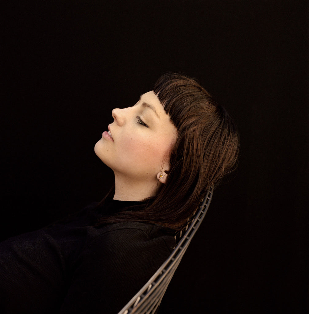 Bolo Ties, Glammed-Up Folk-Rock and Sugary Aggression with Angel Olsen