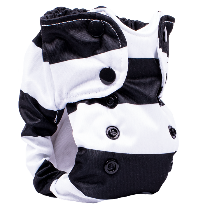 Smart Bottoms - Born Smart Newborn Diaper - Organic cloth diaper - Manhattan black and white newborn cloth diaper