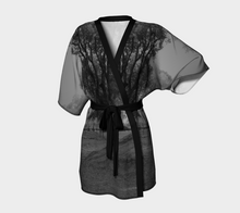 Central Park black & white ealanta Kimono Robe- ealanta Art Wear