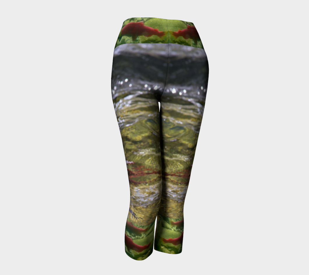 Salmon Run BC 2018 Capri Leggings ealanta