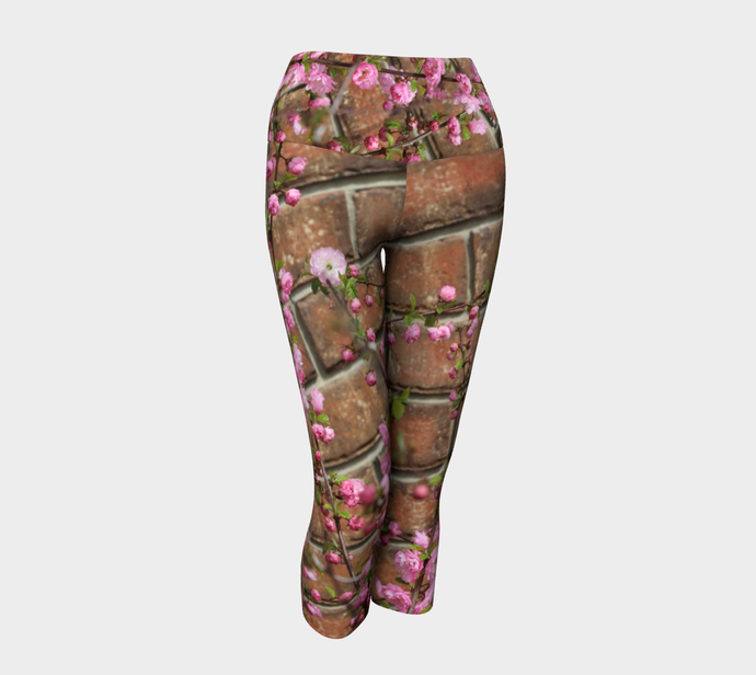 Brick Blossoms Yoga high waist Capri Leggings ealanta Yoga Capris- ealanta Art Wear