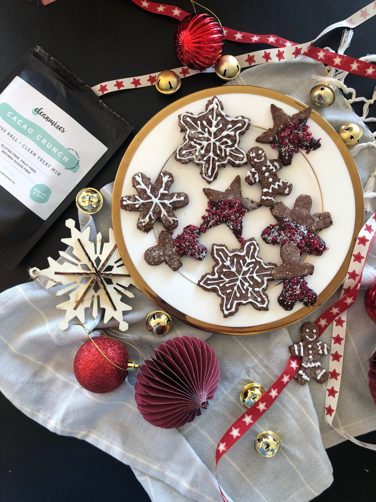Spiced Cacao Christmas Cookies