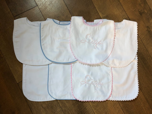 Pique Bib + Burp Cloth Set