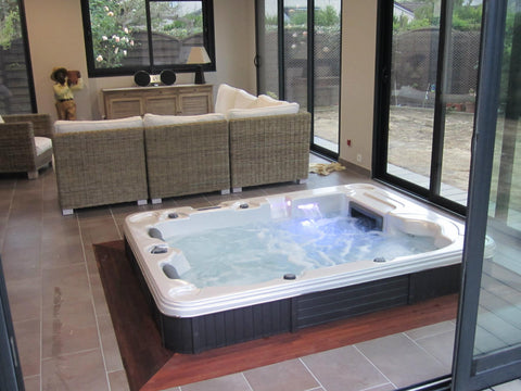 4 People or Less Hot Tubs