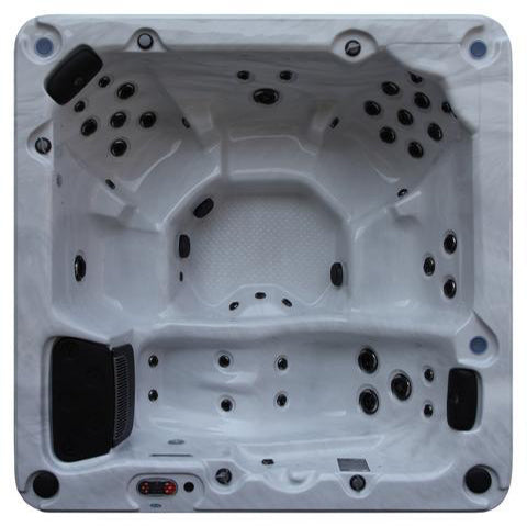 Thunder Bay 44-Jet 6-Person Hot Tub