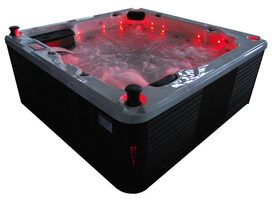 Ex Display Canadian Spa Thunderbay 6 Person Hot Tub - Twin Pump - 2yr