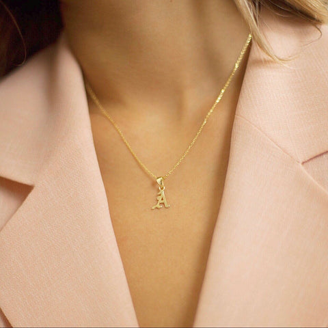 ABIGAIL INITIAL NECKLACE