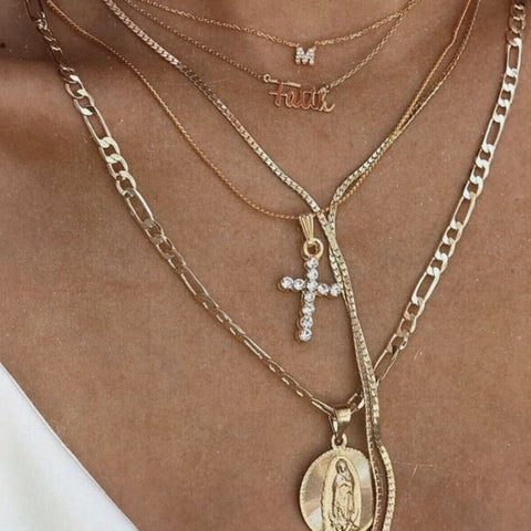 NIKE PENDANT NECKLACE