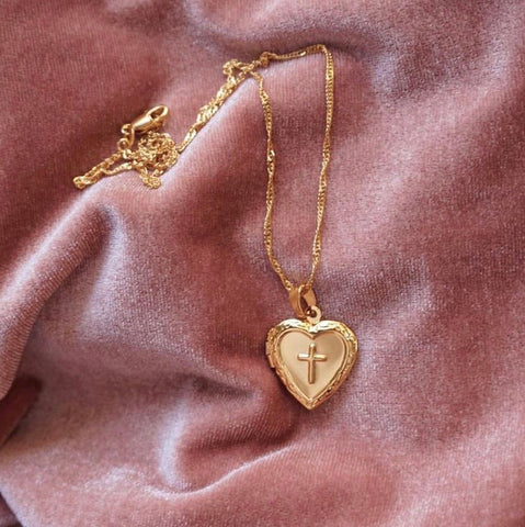SUKI HEART LOCKET NECKLACE