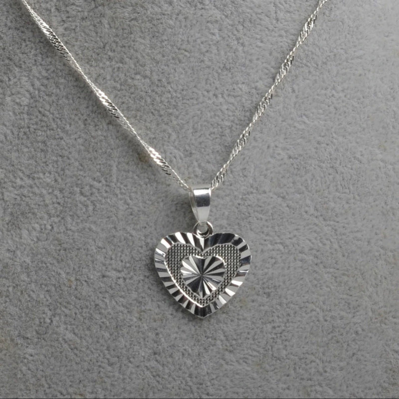 AMELIA HEART NECKLACE