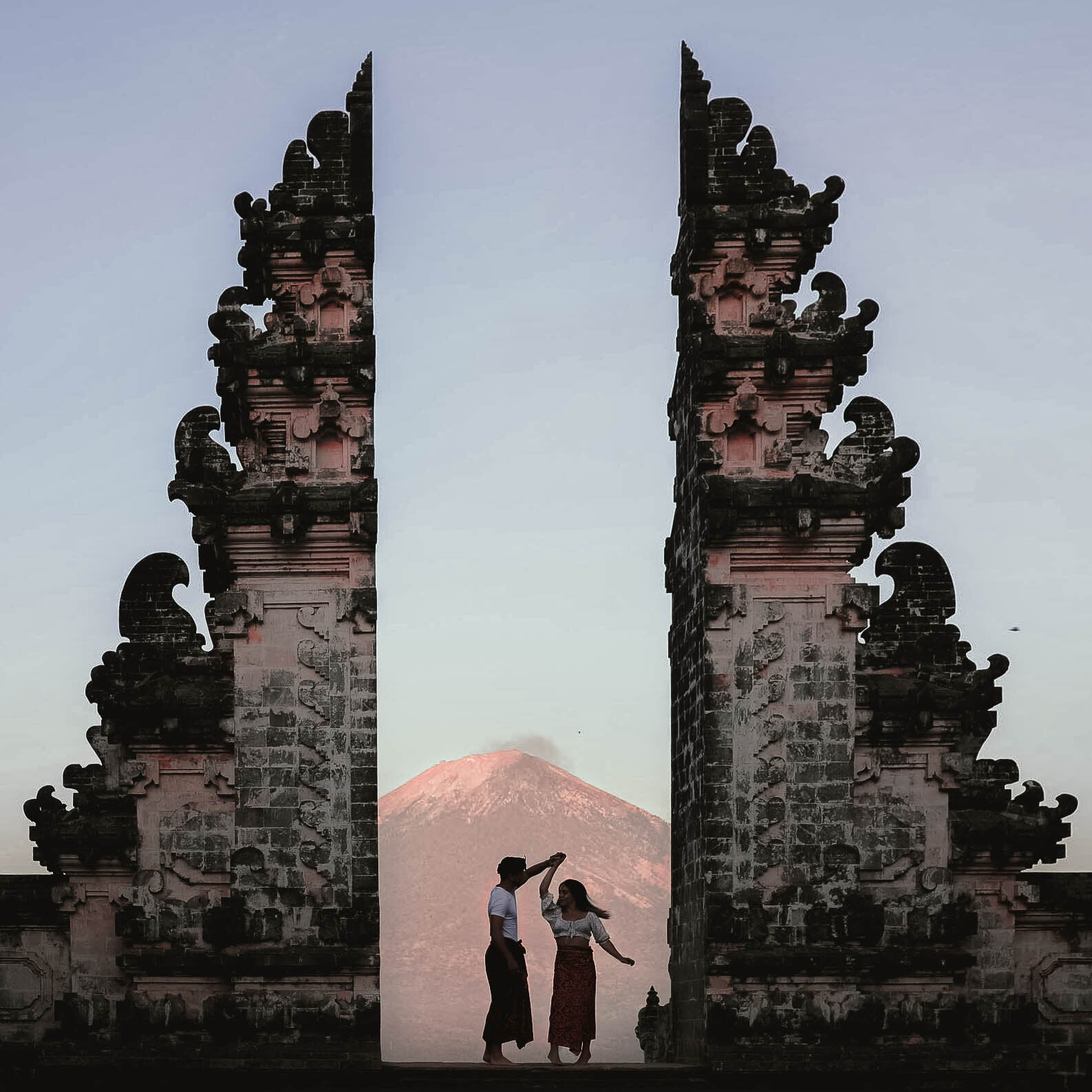 Lost LeBlanc and What The Chic in front of Mount Agung, Bali