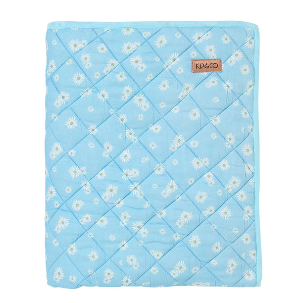 Lazy Daisy Quilted Cot Bedspread