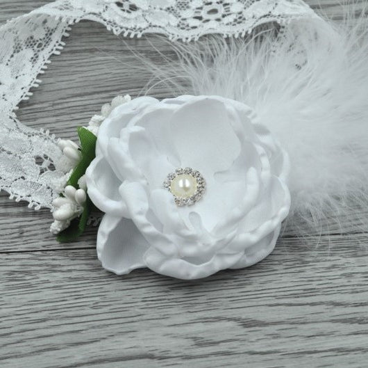 Vintage White Flower Headband With Feather