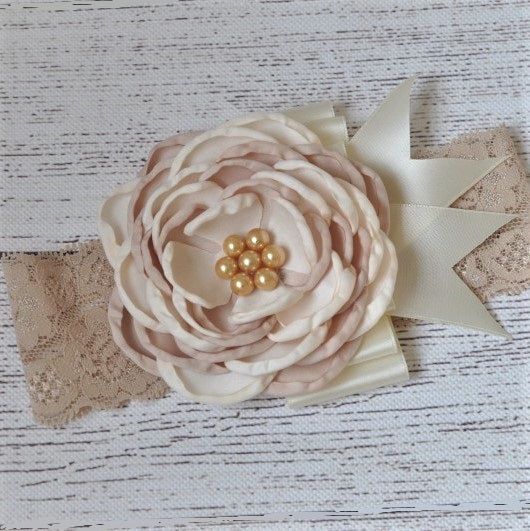 Pretty Ivory And Tan Flower Headband