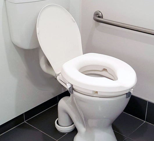 Raised toilet seat <br> AML