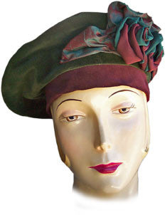 707B Green and Burgundy Beret