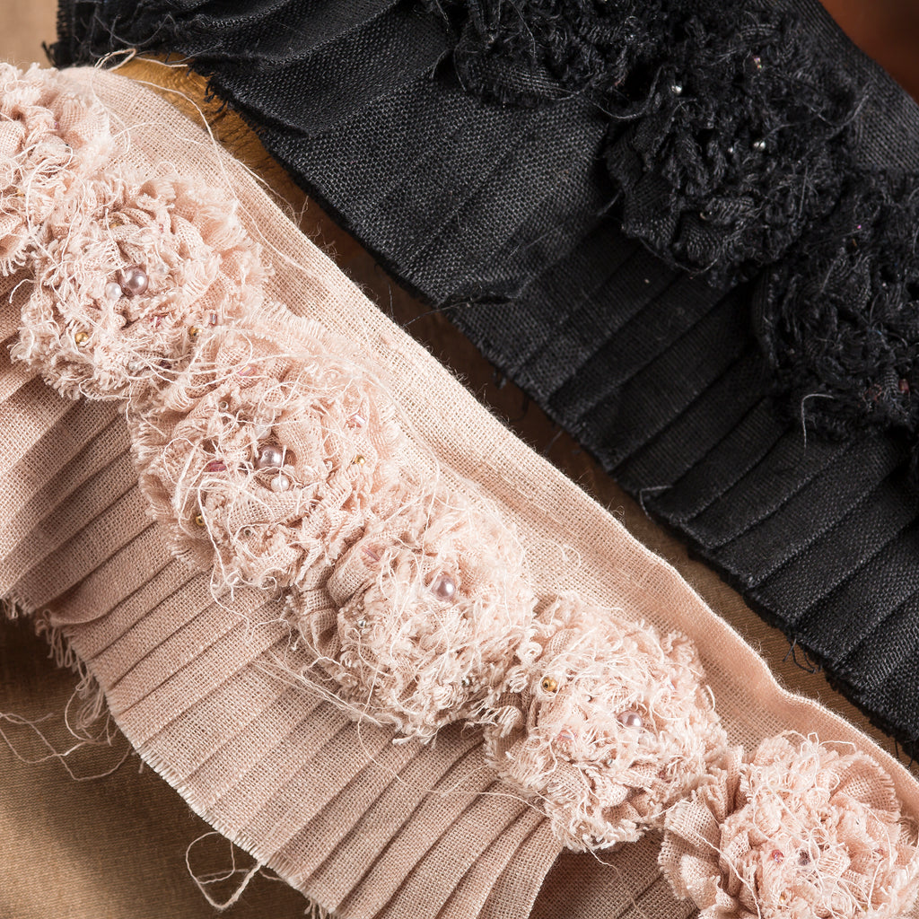 The Queens Conquest: Petticoat Pleat Trim
