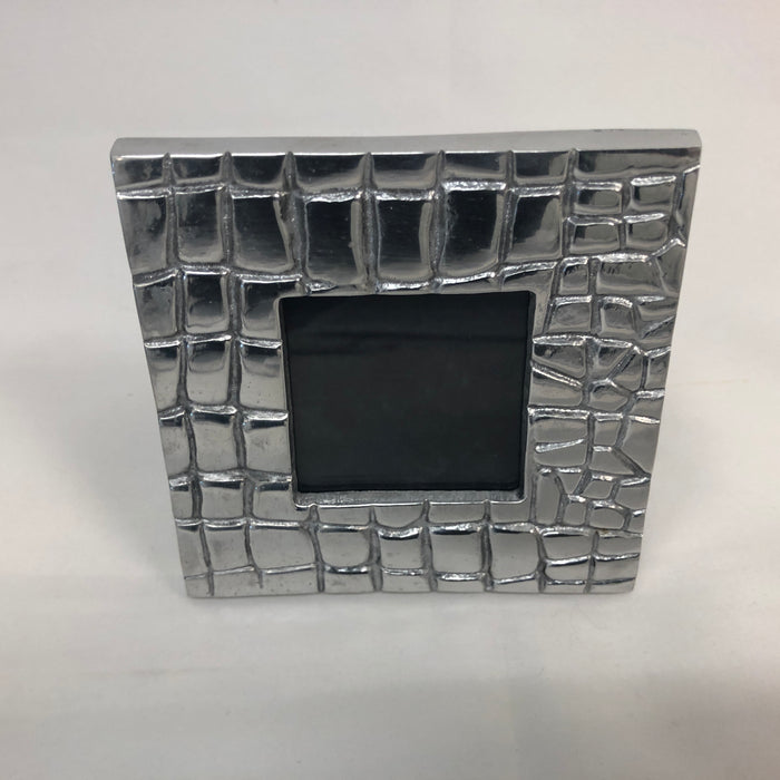 Cast Metal Croc Pattern Picture Frame