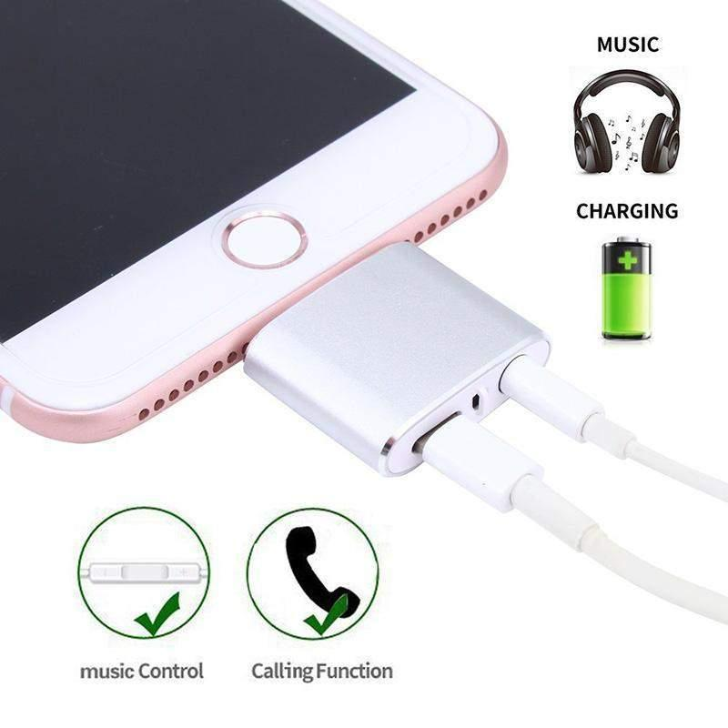 iPhone Lightning to 3.5mm Audio Earbud/Headphone Adapter for iPhone 8/iPhone 7/IPhone X Installed