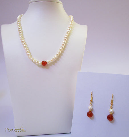 Natural Freshwater Pearls and Carnelian Gemstone Necklace with Earring