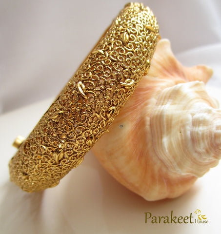 Antique Openable Bangle with Gold Plating