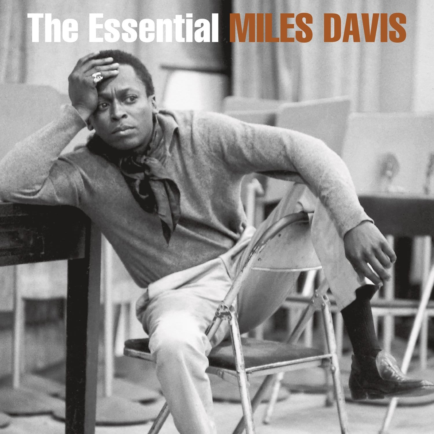 Miles Davis - The Essential Miles Davis [2LP] - Urban Vinyl | Records, Headphones, and more.