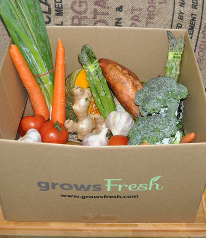 Weekly Family Organic Vegetable Box - approx 5.2kg - 11 items