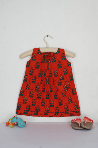 Red Phoolbuti Pleated Dress - The Ethnic Fix - Dubai - UAE