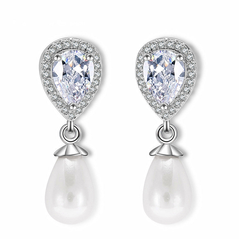 Trendy Pear-Shaped Cubic Zirconia Wedding Earrings for Brides with Bold Soft Cream Pearl Drops